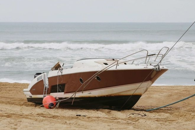 quiksilver ceo boat washed ashore france