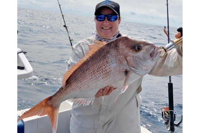 rainbow beach fishing snapper
