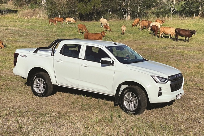 Isuzu D-Max goes bush 'n beach